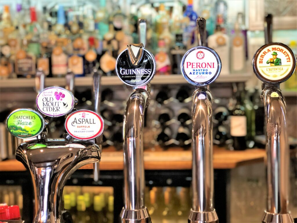 beer fonts Thatchers Haze Old mount Aspall Cider Guiness Peroni Birra Moretti The Barge Inn Battlesbridge Essex